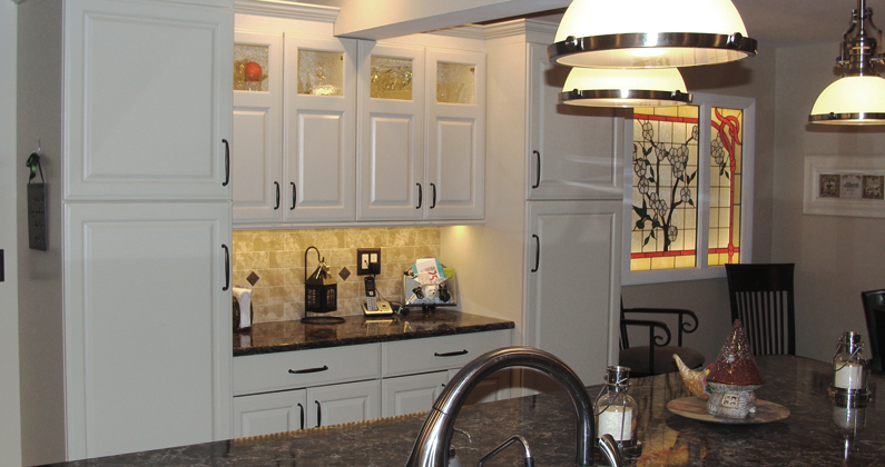 Island Makes A Statement Columbia Cabinets Custom Columbia Kitchen Cabinets